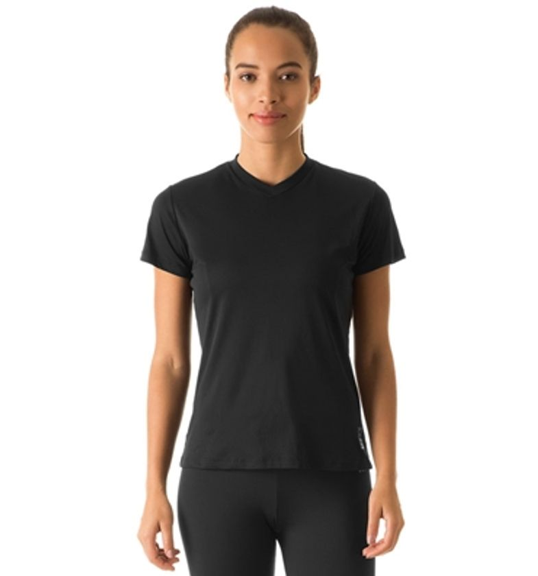 Camiseta com Proteção Solar Sport Fit Feminina UV.LINE - Preto 4c395cbf544